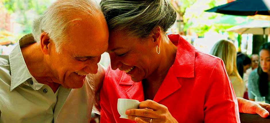 Coronavirus: When the elderly want to carry on socialising