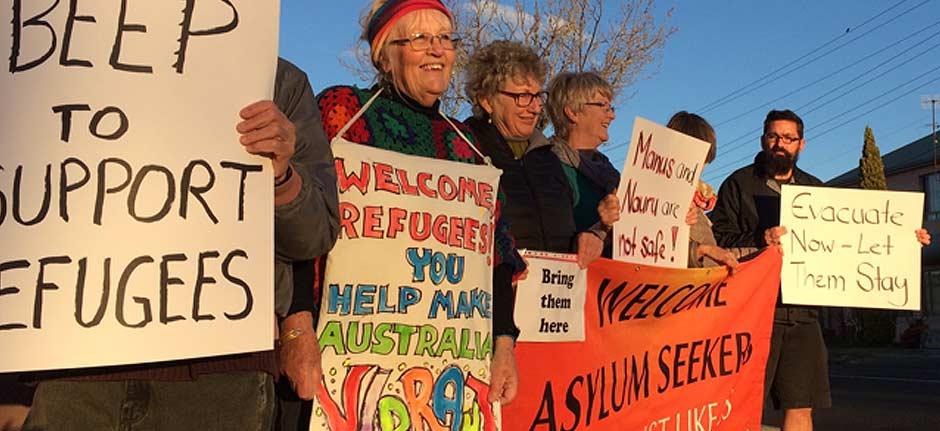 What is really happening on Nauru And Manus Island?
