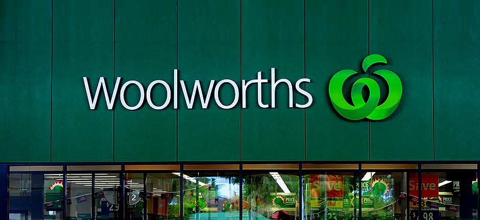 Woolies to hold daily 'elderly-only' shopping hour