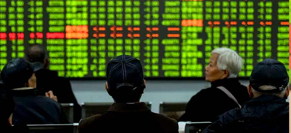 Coronavirus: Chinese stocks down 9% as markets reopen